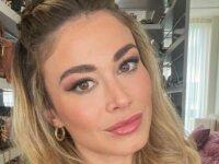 Diletta Leotta viene baciata a sorpresa da Can Yaman su Instagram